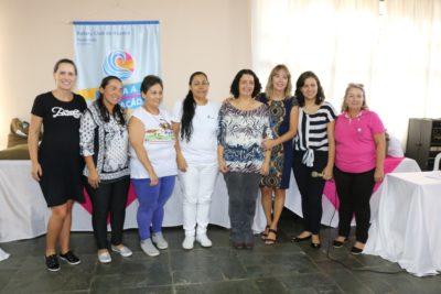 Gestantessãopresenteadas com 100 kits maternidade por voluntárias da Casa da Amizade