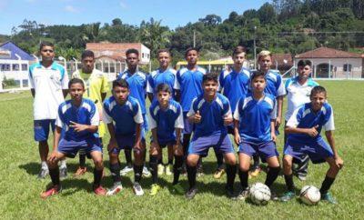 Equipe da Escolinha de futebol participou da Copinha de Futebol