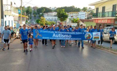 Caminhada de conscientização ao Autismo