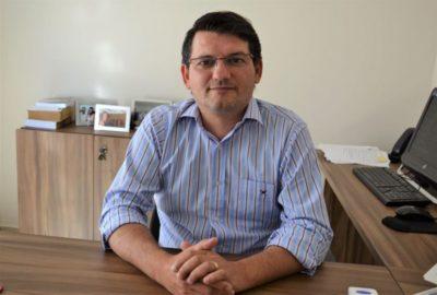 """""""É hora de tomar uma providência e parar com o gasto de dinheiro público para promessas que não serão cumpridas"""", diz Rodrigo Tassinari"""