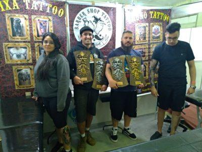 Tatuadores da Old Art Barber Shop Tattoo ganham troféu em concurso nacional