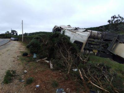 Vídeo do acidente na estrada que liga Itapeva a Ribeirão Branco
