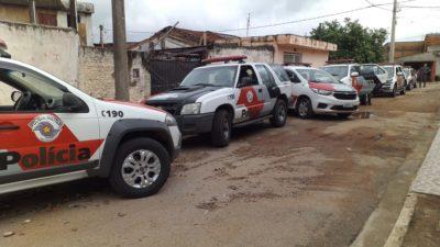Operação em combate ao tráfico de drogas nos bairros de Itapeva.  Assista o vídeo: