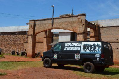76 integrantes de facção criminosa brasileira fogem de presídio no Paraguai