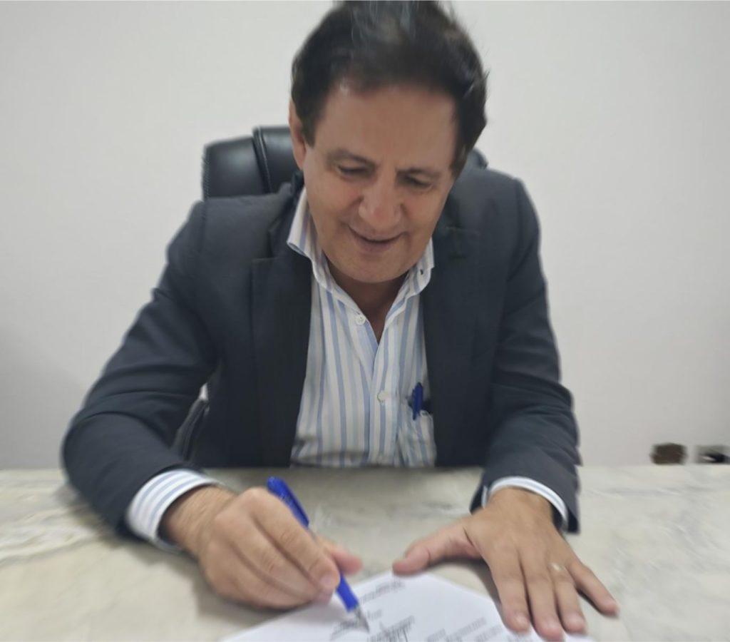 Prefeito Mário Tassinari decreta concessão de diária a todos servidores municipais