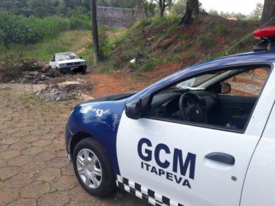 GCM localiza veículo furtado no momento em que proprietário registrava o caso