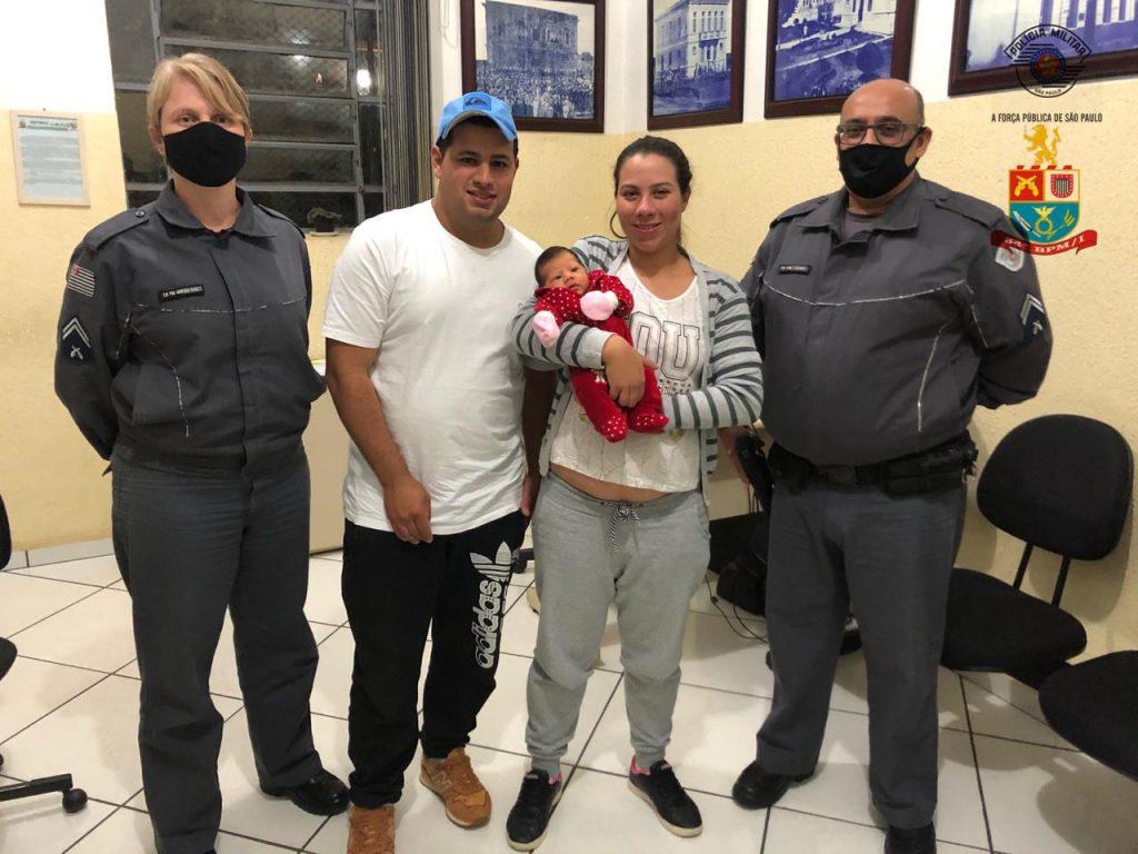 Policiais militares salvam bebe de 15 dias que estava engasgada