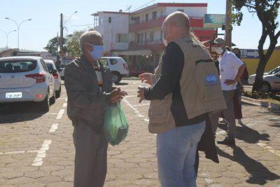 Ação conjunta com a Vigilância Sanitária Estadual conscientiza a população quanto ao uso de máscaras