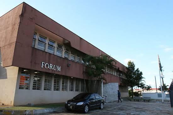 Promotoria obtém liminar proibindo morador de Itapeva de fazer festas durante pandemia