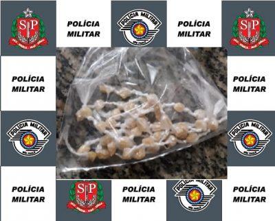 Polícia Militar prende traficante com droga escondida em curativo na perna