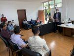 Prefeito se reúne com vereadores e representantes do comércio para buscar soluções sobre a regressão para a Fase Vermelha