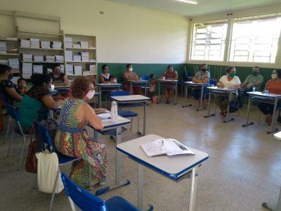 Secretaria Municipal de Educação realiza reforma de salas de aula da Escola Profª Terezinha de Moura no Bairro da Agrovila