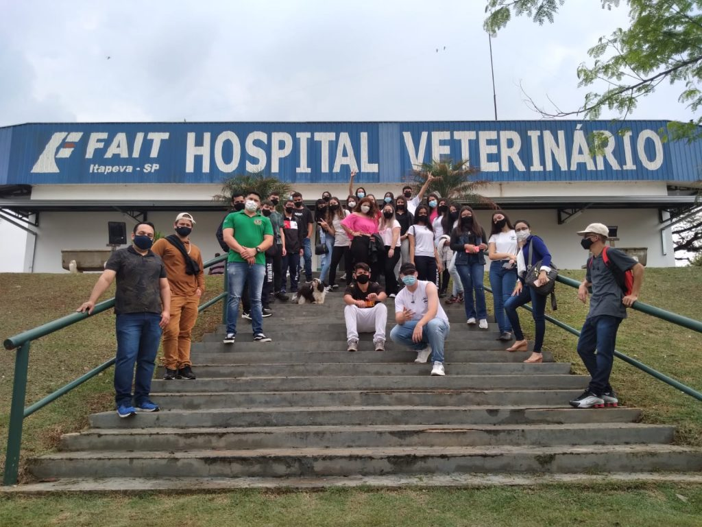 FAIT recebe a visita de alunos da Escola Estadual Profª Zulmira de Oliveira